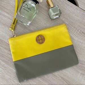 Tory Burch yellow and grey  wristlet
